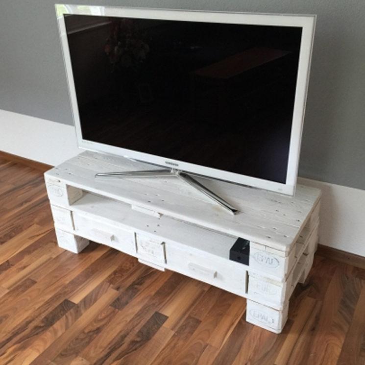 tv m bel weiss zubring palettenm bel. Black Bedroom Furniture Sets. Home Design Ideas
